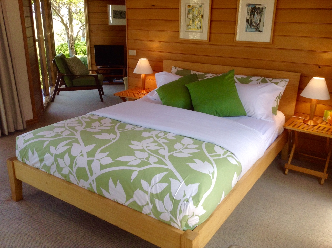 Apollo bay accommodation a room with a view bed and for Area riservata bed and breakfast